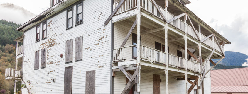 Selling a House that Needs Extensive Repairs in Lexington, KY? We Can Help!
